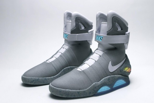 nike-mag-2015-power-laces-590x393