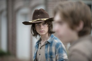Carl-Looks-at-Ron-in-The-Walking-Dead-Season-6-Episode-7