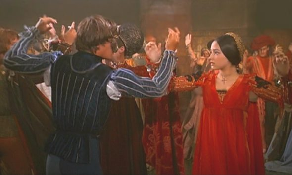 Romeo-and-Juliet-Dancing-1968-Movie-Version-1968-romeo-and-juliet-by-franco-zeffirelli-26652018-786-472