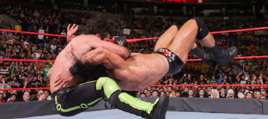 Seth Rollins falcon arrow on Drew McIntyre