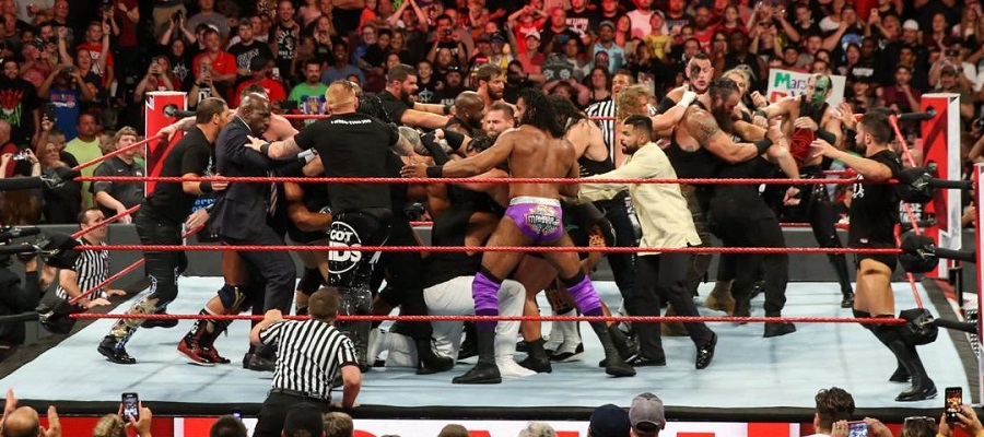 The RAW locker room try to separate The Shield from Drew McIntyre, Dolph Ziggler, and Braun Strowman