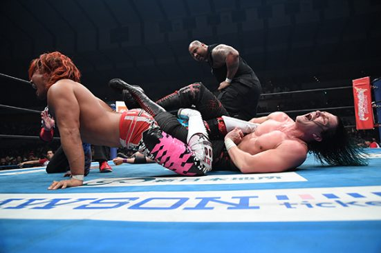 Tanahashi Tapped Out