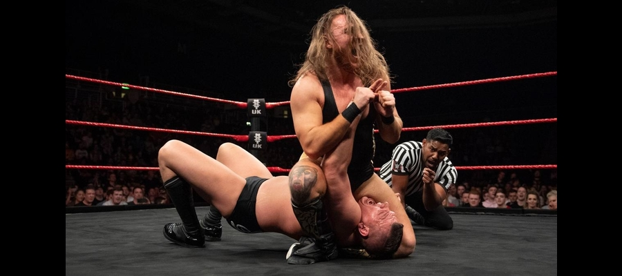 Dunne abuses the fingers of WALTER