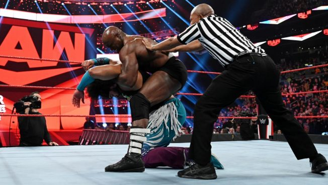 Bobby Lashley puts No Way Jose to sleep
